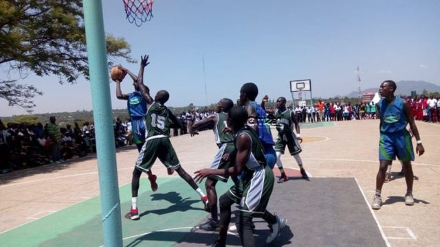 KSSSA Past action in Basketball.